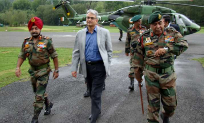 mps quiz defence secy army vice chief over troop movement
