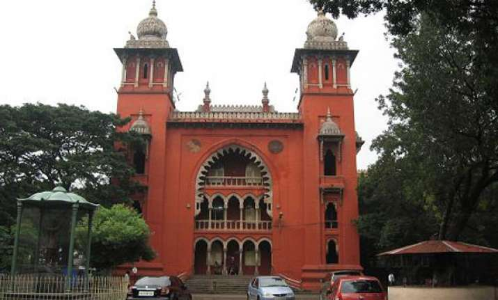 madras hc orders notice to bjp candidate dgp on alleged