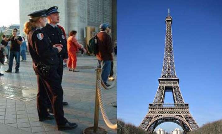 madurai man held in paris for suspected al qaeda links