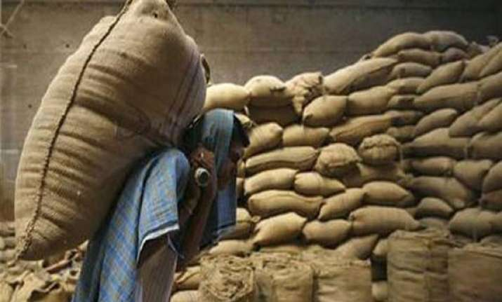 maharashtra launches national food security scheme