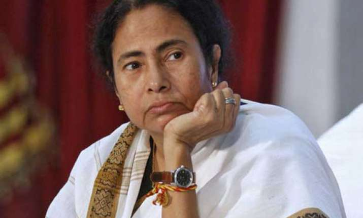 mamata accuses bjp of inciting violence
