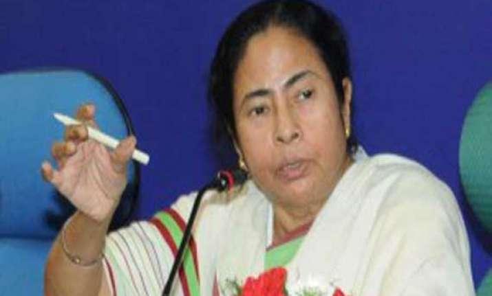 mamata calls gujarat development a myth