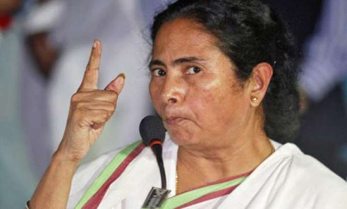 mamata dares maoists to target her