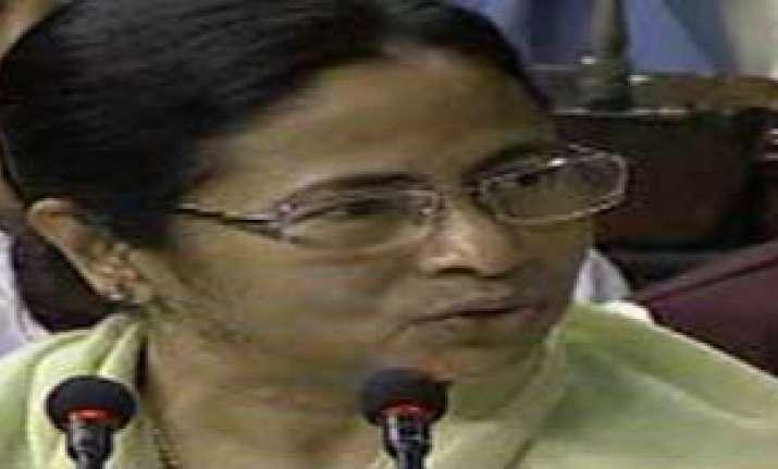no hike in rail passenger fare in mamata s budget