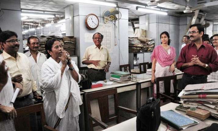 mamata didi gives govt staff a 10 day puja holiday