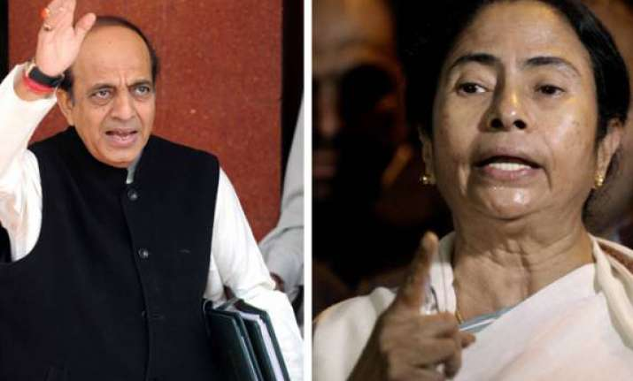 mamata wants trivedi sacked as railway minister