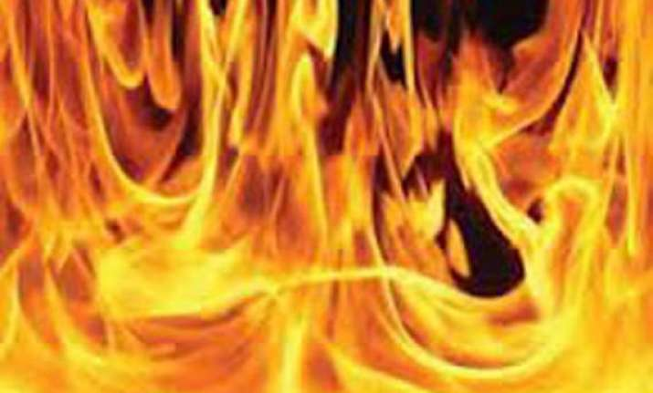 man attempts self immolation in court premises