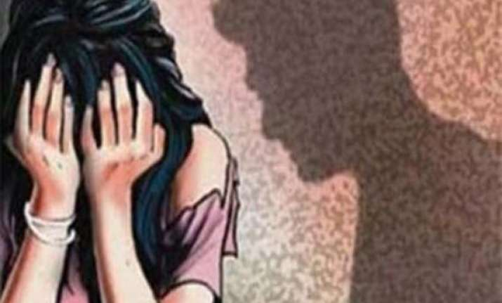 man nabbed for abducting 5 yr old girl