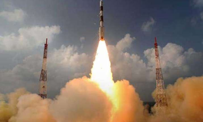 mangalyaan doing well will reach martian orbit on sep 24