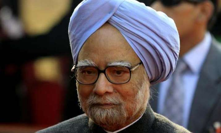 manmohan appeals to unions to call off strike