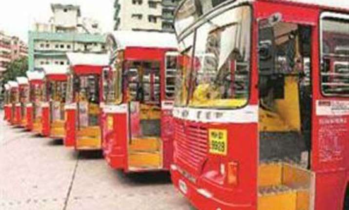 media ad fuels new marathi gujarati row in mumbai