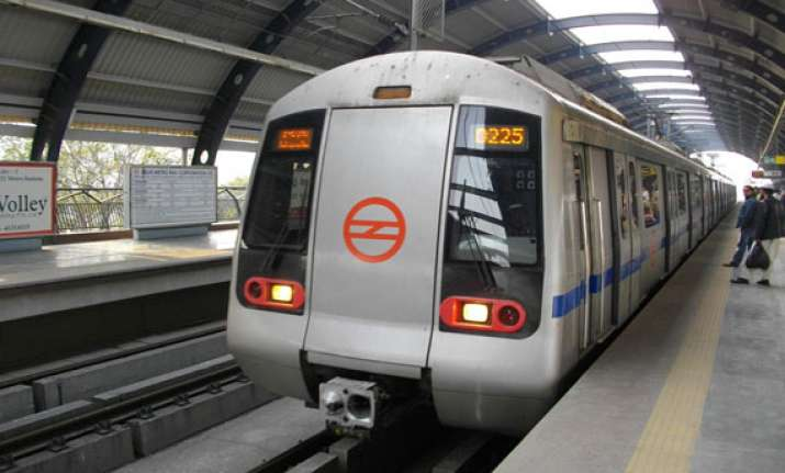 metro services to be curtailed on holi