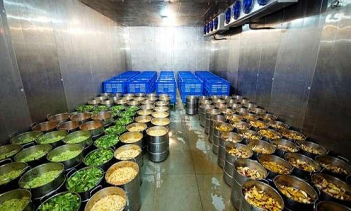 midday meal gujarat school kids in surat get high quality