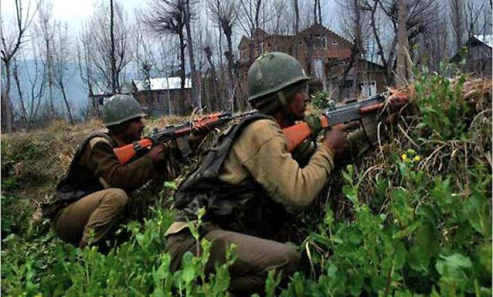 militants security forces exchange fire in srinagar