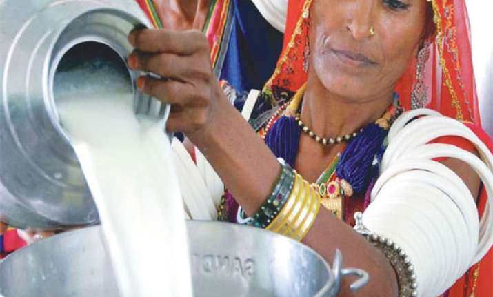 milk to be costlier in delhi from today