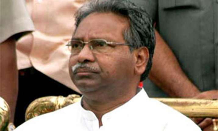 minister urges pm to note dissent to decision on telangana