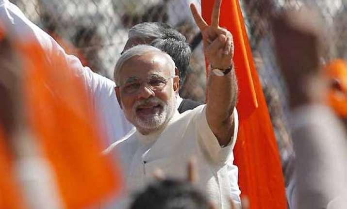 modi cafe in college campuses to woo youths