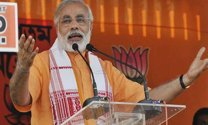 modi felicitates bjp booth presidents for high voter turnout