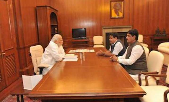 modi meets ministers holding infra portfolios