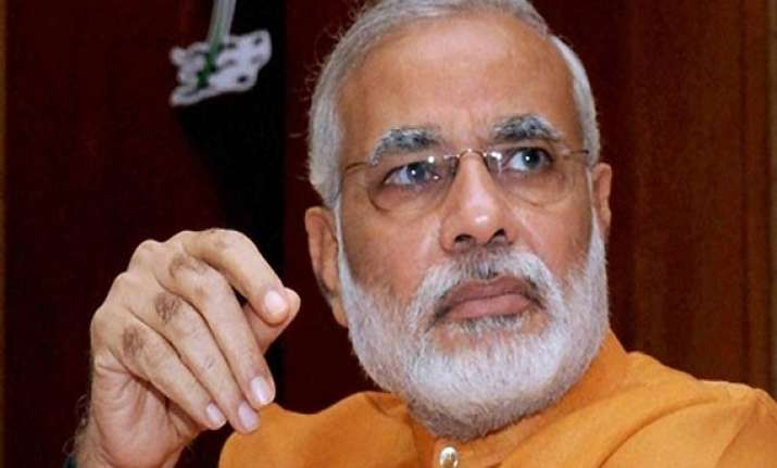 modi offers condolences to kin of those killed in train