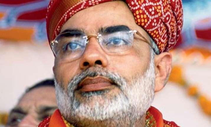 modi reiterates jibe against congress over hazare