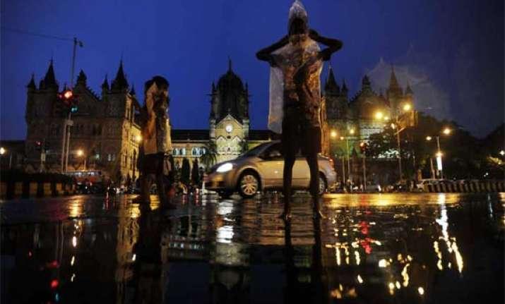 monsoon rains lash mumbai several areas waterlogged
