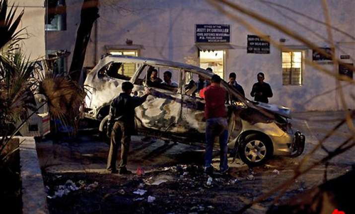 mossad sleuths check damaged innova car in delhi
