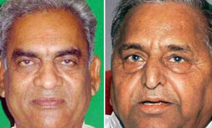 mulayam shunts out sp spokesman over d p yadav