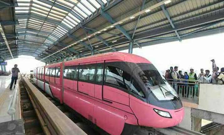 mumbai gets india s first mono rail
