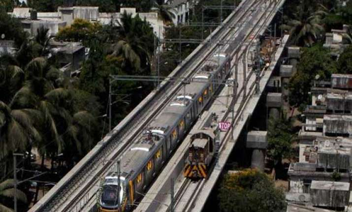 mumbai metro service to start tomorrow amid tariff dispute