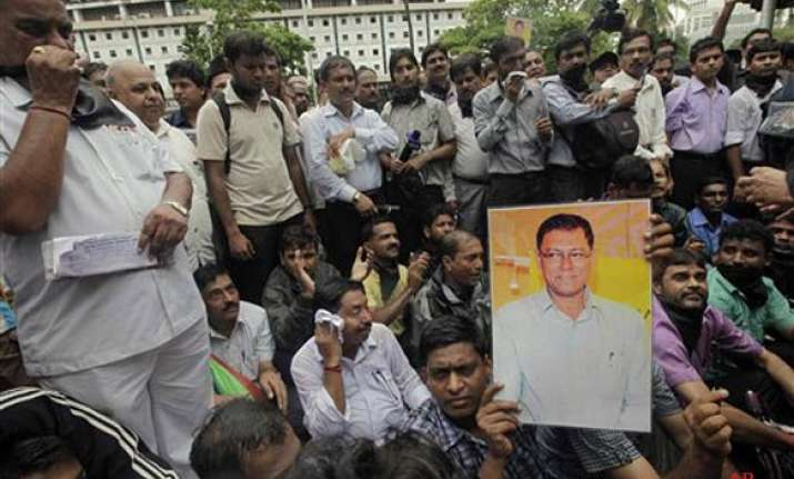 mumbai acp shunted in connection with j dey killing