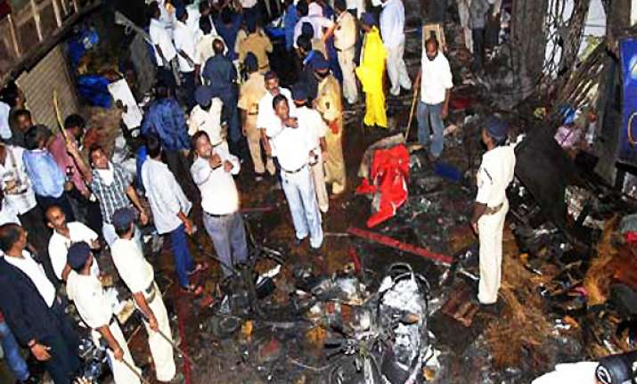 mumbai ats arrests two darbhanga terrorists for 13/7 blasts