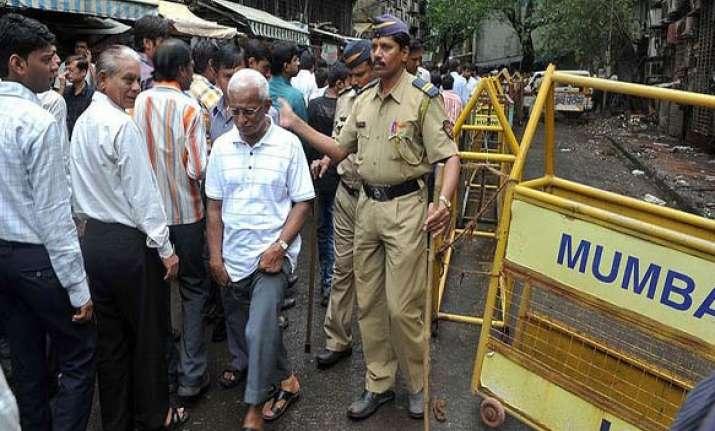 mumbai blasts 65 diamonds recovered from opera house site