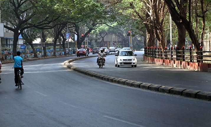 mumbai streets empty as people watch wc final