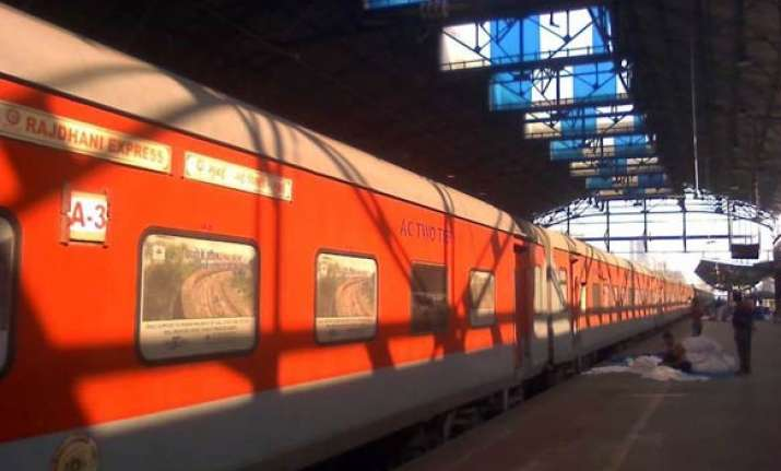 mumbai to delhi in 8 hours by 200 kmph rajdhani