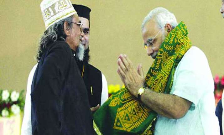 muslim cleric to campaign against narendra modi in varanasi