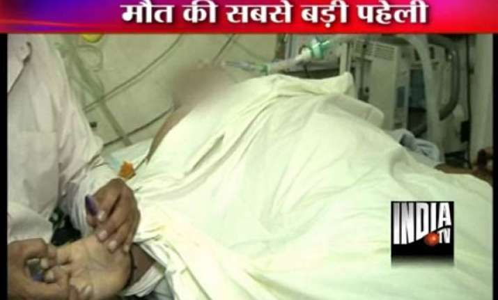 mystery shrouds delhi businessman s death