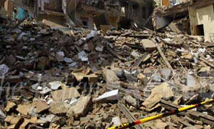 ndmc orders inquiry into hindu rao building collapse