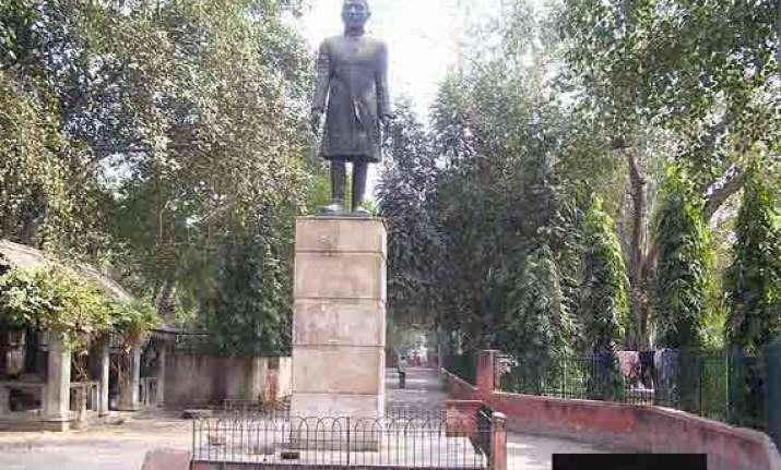 ndmc to renovate ajmal khan park in karol bagh