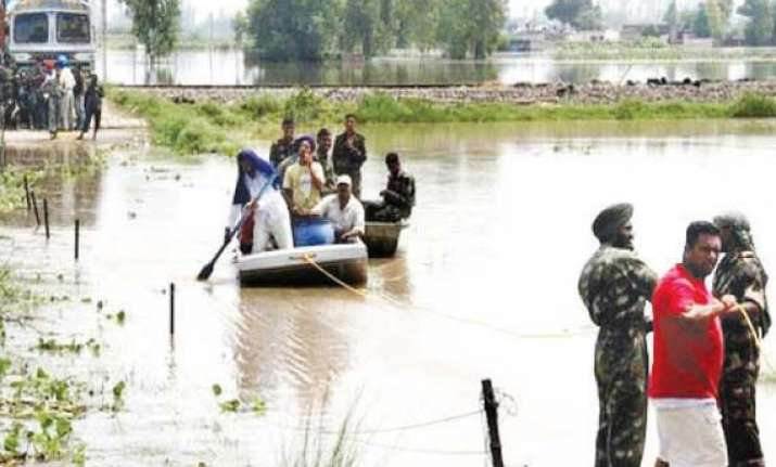 ndrf carries out rescue work in flood hit ferozepur