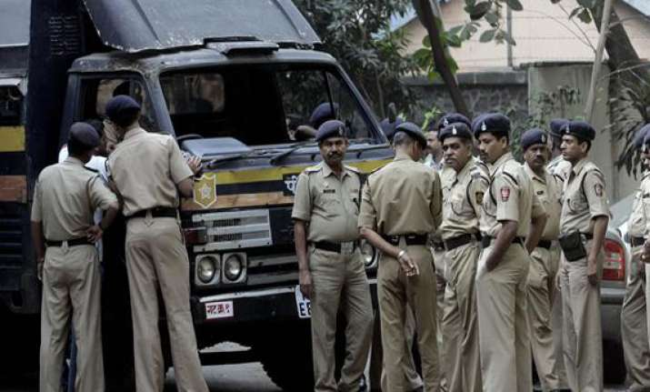 naked body found in railway premises in up