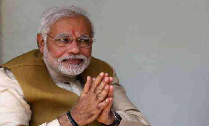 narendra modi gets notice from allahabad high court