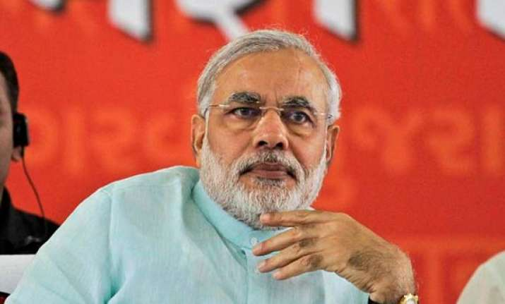 narendra modi reviews political situation in delhi