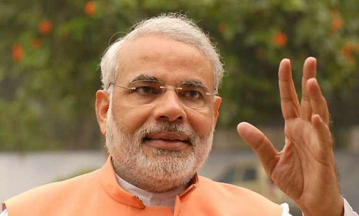 narendra modi centre expects discipline from hazare not