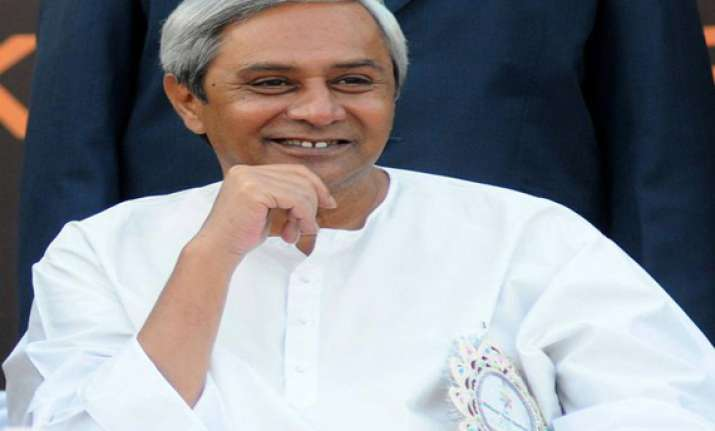 naveen felicitates linkon for opposing child marriage