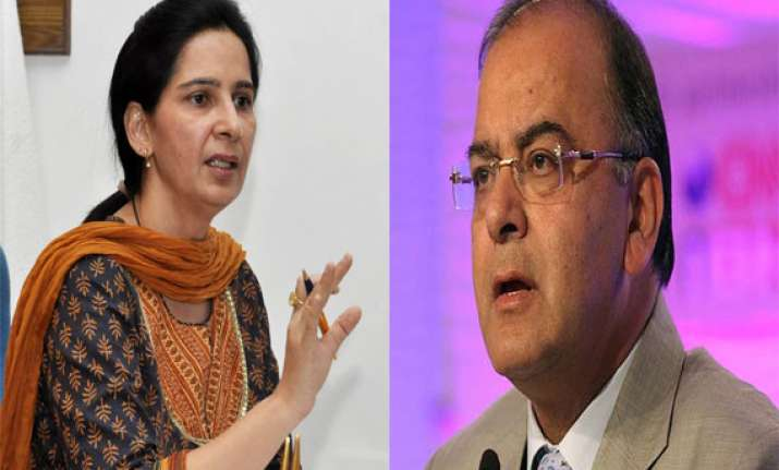 navjot sidhu s wife seeks votes for arun jaitley in amritsar