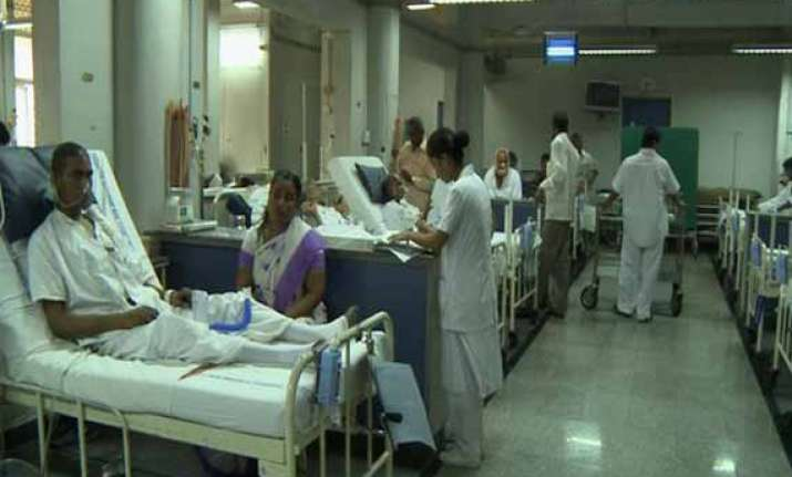 nearly 50 000 new cancer patients in kerala every year