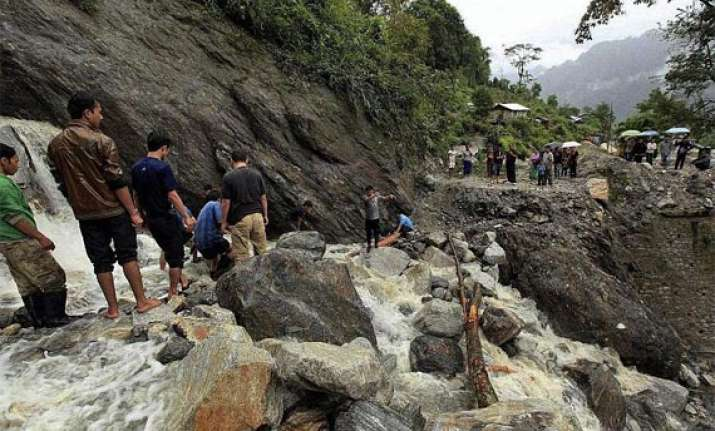 nearly 600 tourists stranded in sikkim due to landslide