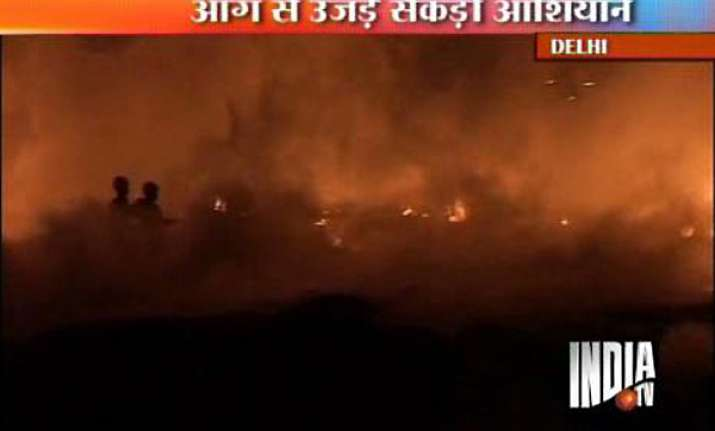 nearly 500 slum huts gutted in delhi fire