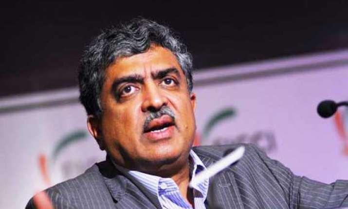 nilekani complains to ec against ananth kumar